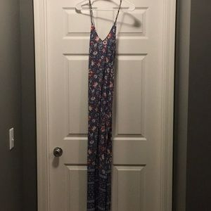 Old navy V-neck maxi shift dress